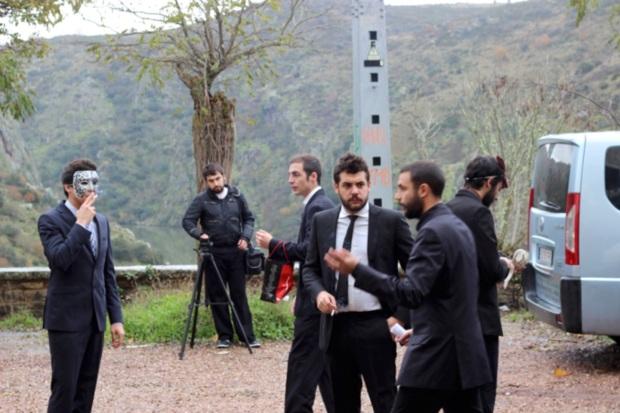 Nacho Rodríguez junto al equipo de rodaje de Gang Bang