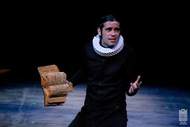 """Un momento de la representación de """"Cervantina"""". Foto: Facebook del Teatro Principal de Zamora"""
